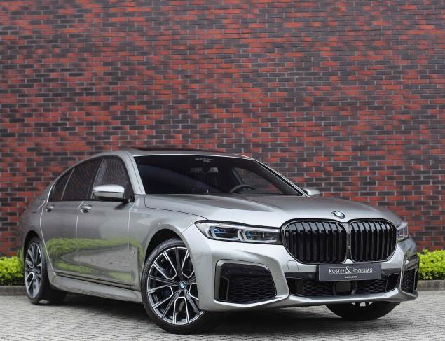 BMW 750I X-Drive M-Sport