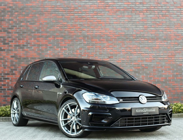 Volkswagen Golf R 2.0TSI 4-Motion