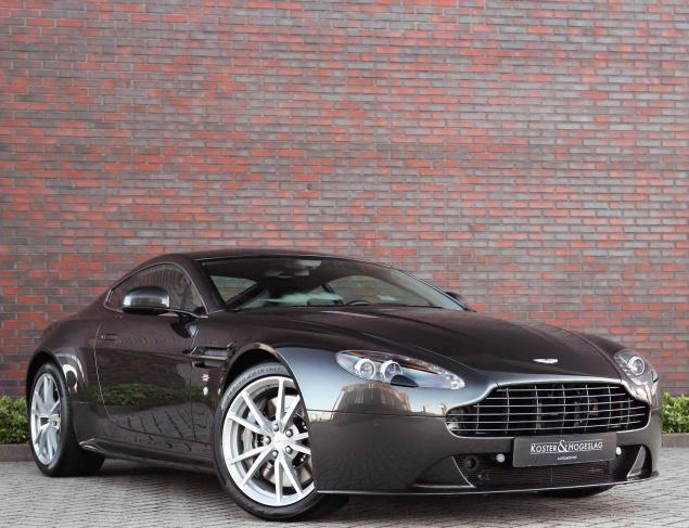 Aston Martin Vantage S 4.7 V8