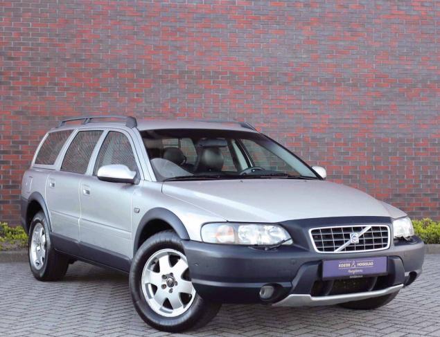 Volvo XC70 2.4T AWD