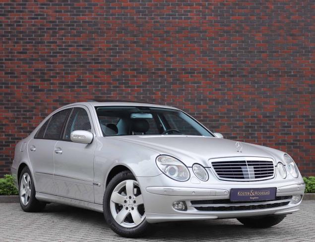 Mercedes-Benz E320 Avantgarde