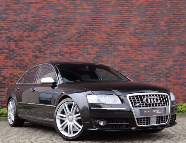 Audi S8 5.2 V10 Quattro