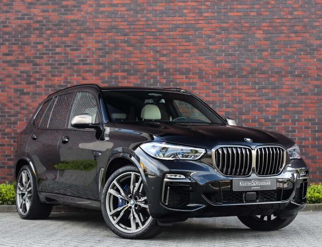 BMW X5 M50i X-Drive